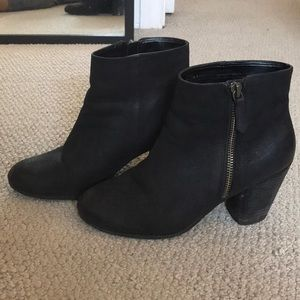 Black BP ankle booties size 6.5